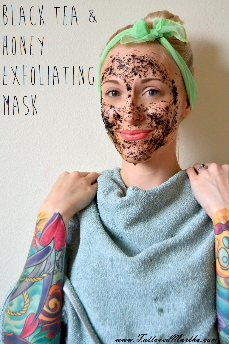 Black Tea and Honey Exfoliating Mask