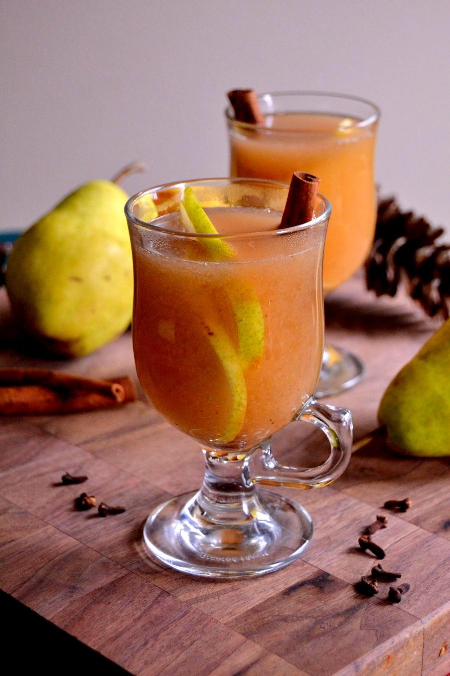 Slow Cooker Spiced Pear Cider