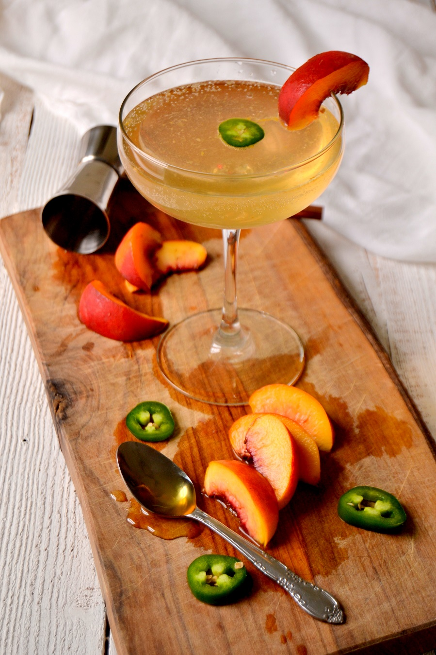 Spicy Jalapeño Peach Cocktail