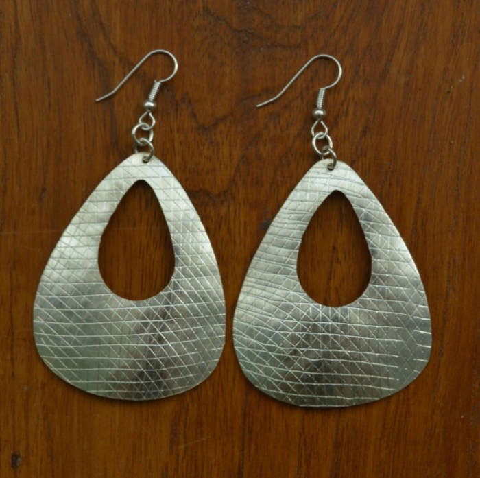 Fair Trade Silver plate rounded cut out triangle earrings JEMS15