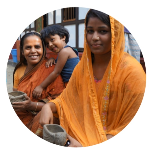 terracotta-craftswomen-bangladesh