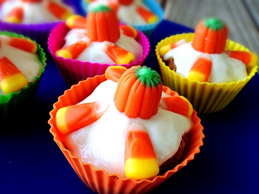 Pumpkin Spice Cupcakes/Muffins | @fairyburger