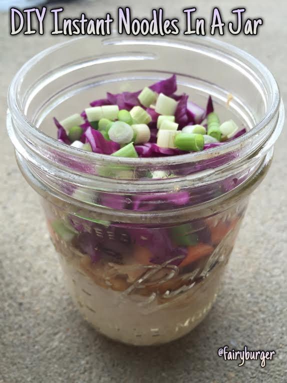DIY Instant Noodles In A Jar | @fairyburger