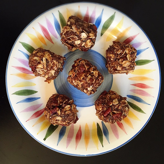 Maple Pecan Peanut Butter Energy Bites