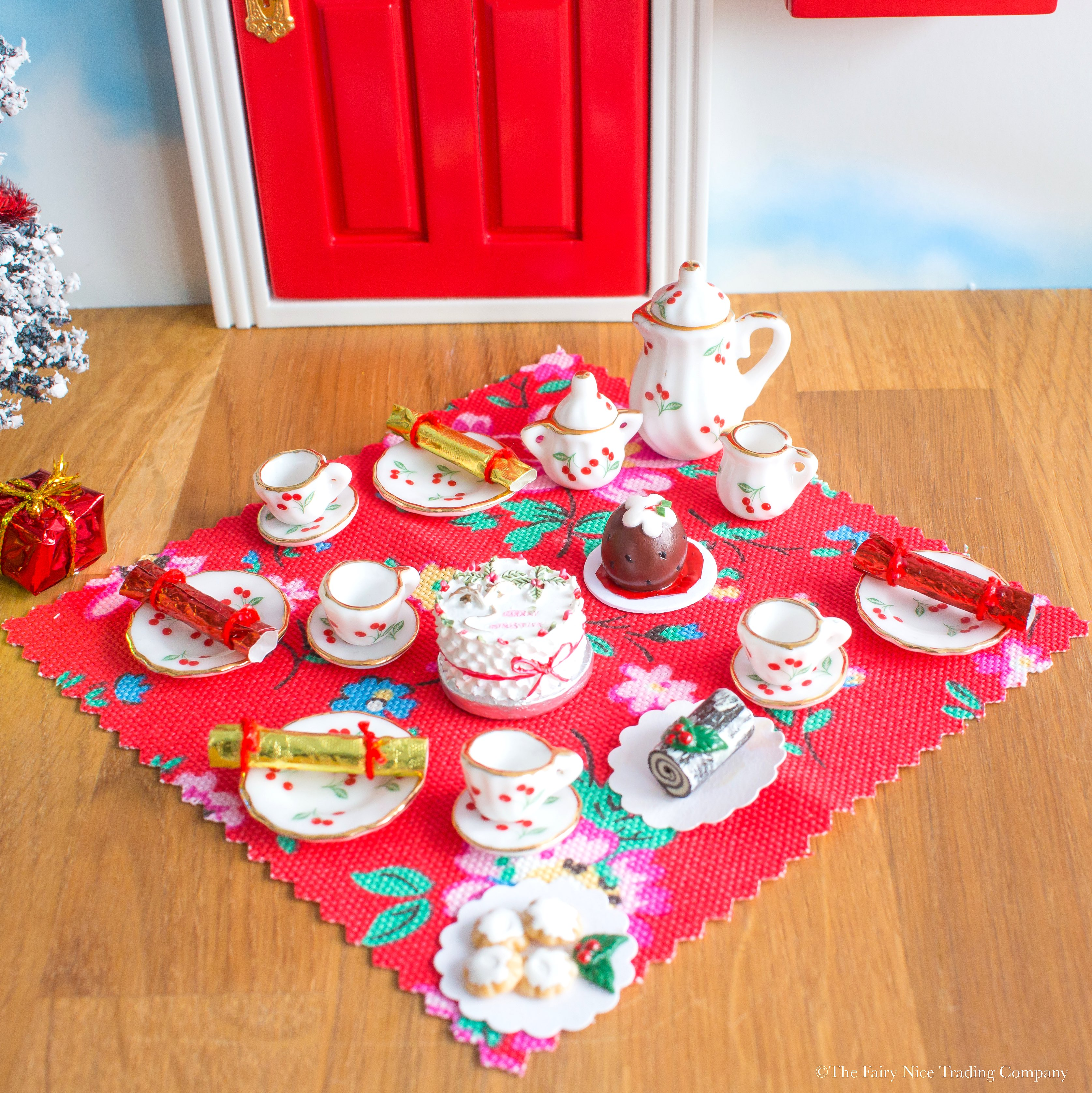 Christmas Tea Party Ideas: Fairy Door Christmas Tea Party Accessory Set