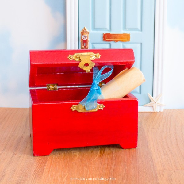 Miniature mermaid treasure chest UK