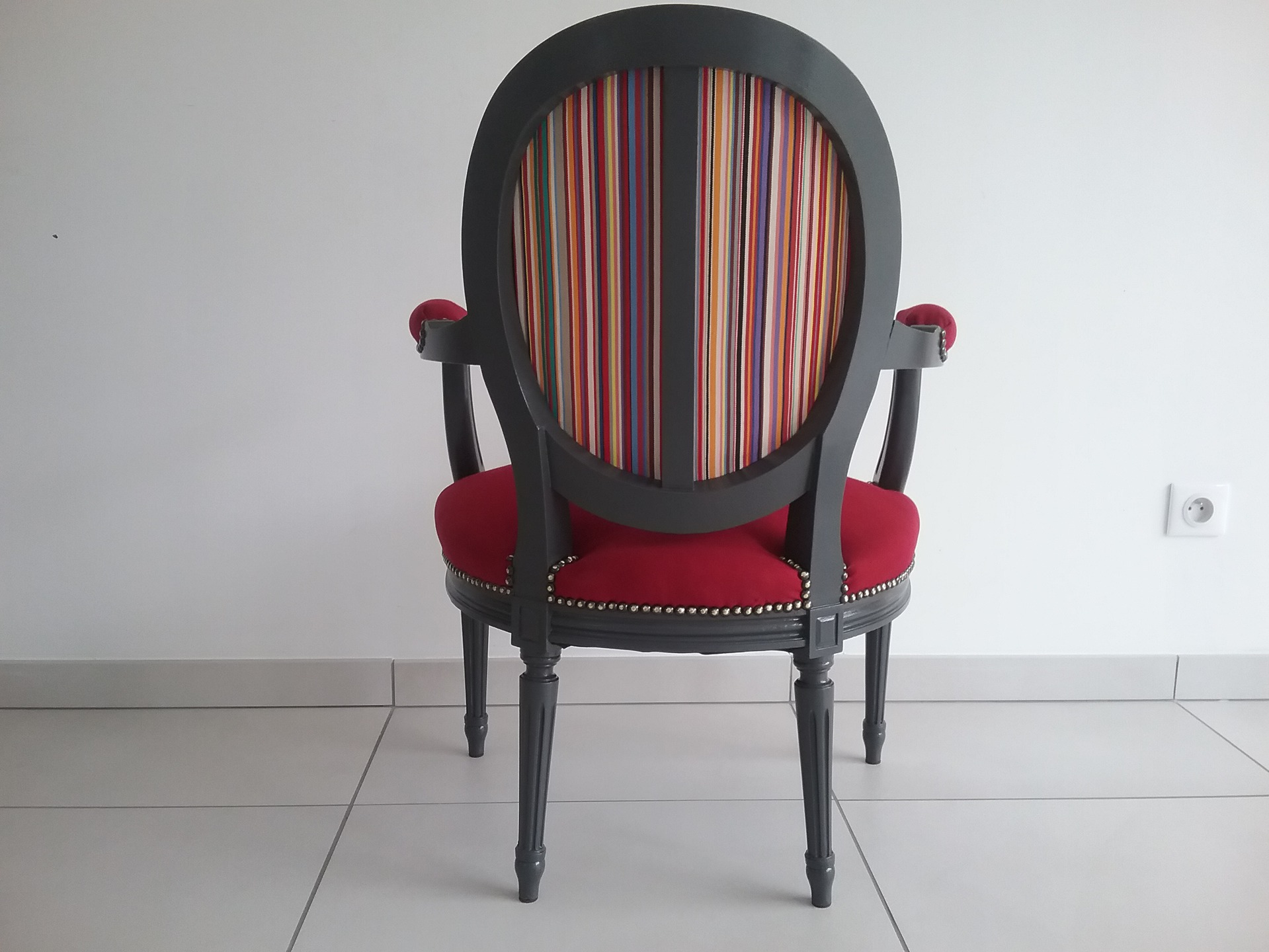 fauteuil louis xvi directoire refait a neuf
