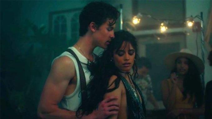 Download Mp3: Shawn Mendes Ft. Camila Cabello – Senorita – FAKAZA