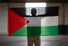 Photo of كيف أدخل الفريق الأيسلندي الراية الفلسطينية لرفعها في مسابقة يوروفيجن؟