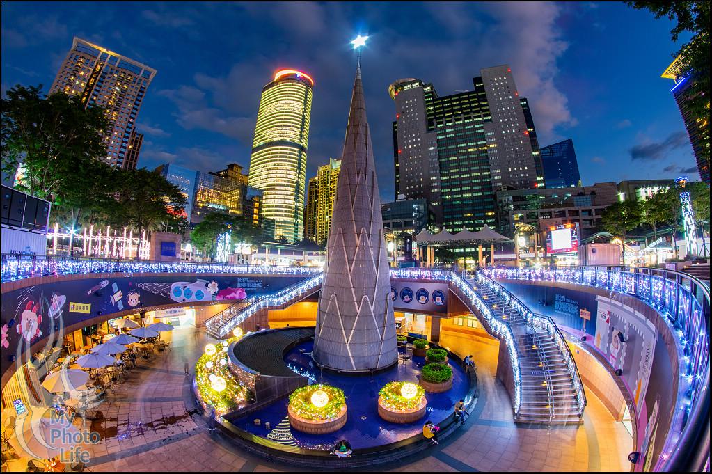 20181106新北市歡樂耶誕城.光雕投影.(右側)測試
