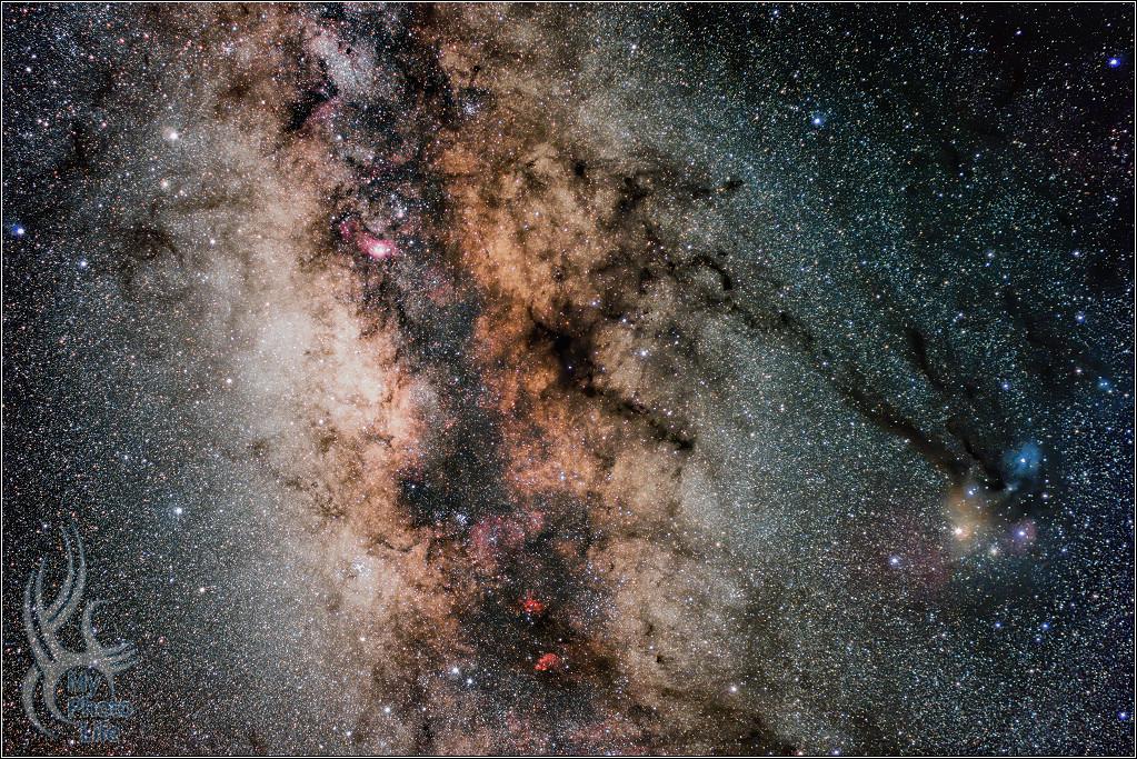夜.銀河.星雲4083