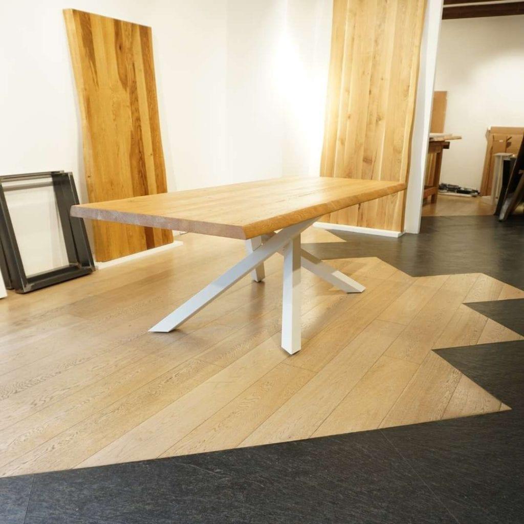 Tavolo moderno di design clover reverse & cloud. Tavoli In Legno Massello Dal Design Moderno Tavoli Su Misura In Offerta