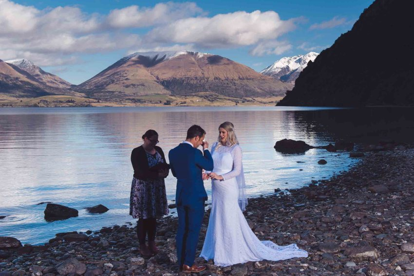 Bobs Cove Queenstown destination lakeside elopement Profoto B1 500 AirTTL