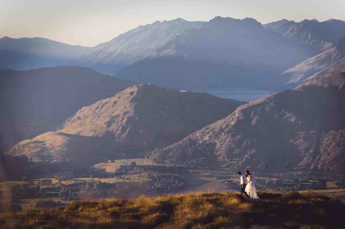 Relaxed Natural Fun Queenstown Wedding Photography Photographer Coronet Peak Sunrise Pre-wedding shoot
