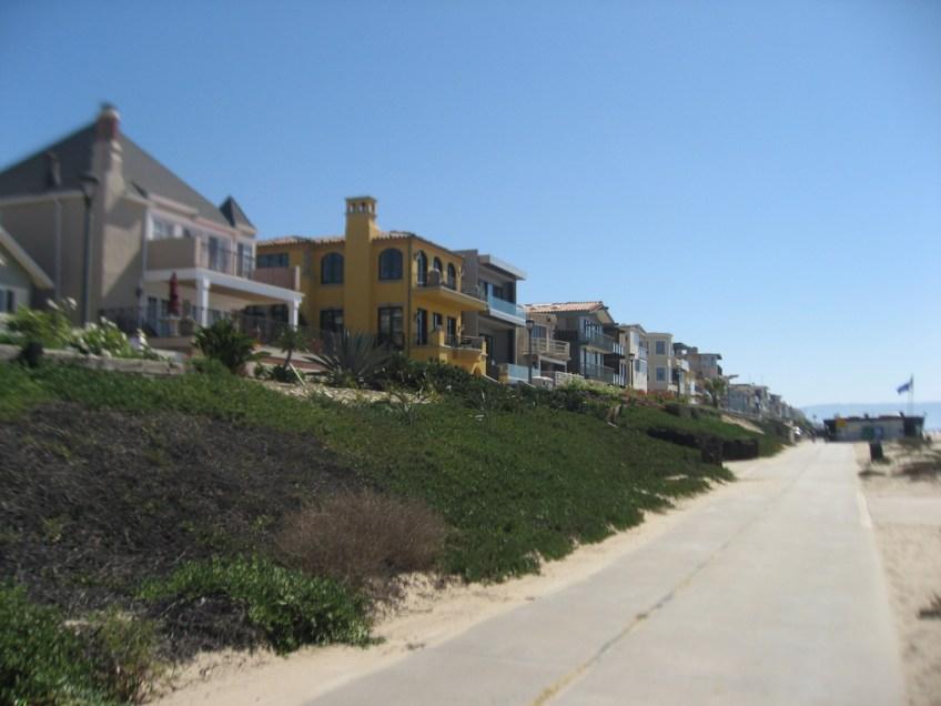 houses of Manhattan Beach