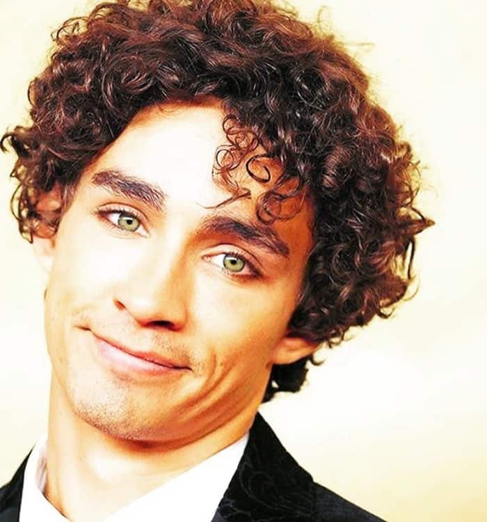 Robert Sheehan Height Age Weight Wiki Biography Girlfriend ...