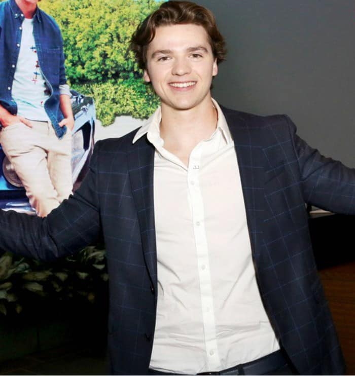 Joel Courtney Height Age Weight Wiki Biography & Net Worth ...