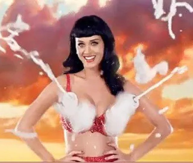 Katy Perry Has Been Announced As This Years Host Of The Teen Choice Awards