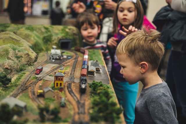 Autodráhy pre deti stále patria medzi najvďačnejšie hračky