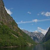 Unterwegs durch den Naerofjord