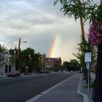 Regenbogen über Kelowna