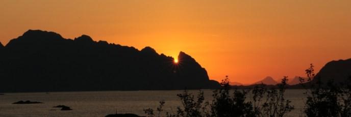 Sonnenaufgang auf den Lofoten