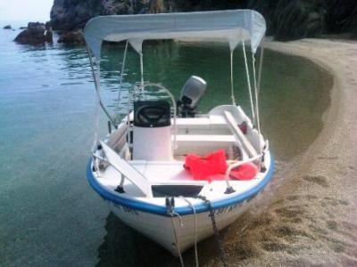 Motorboot - führerlos