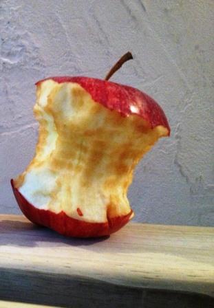 Apfelkrotzen. Ein Stilleben.
