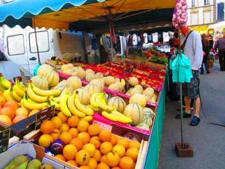 Dorf-Ekstase: Markttag in Esquibien.