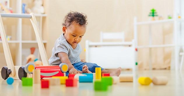 11 id es de jouets enfants entre 1 et 2 ans. Black Bedroom Furniture Sets. Home Design Ideas