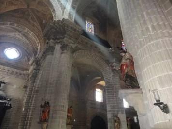 la famille nomade et la cathedrale de jerez de la frontera