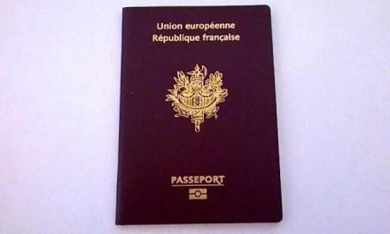Formalités pour voyager en famille : Le passeport
