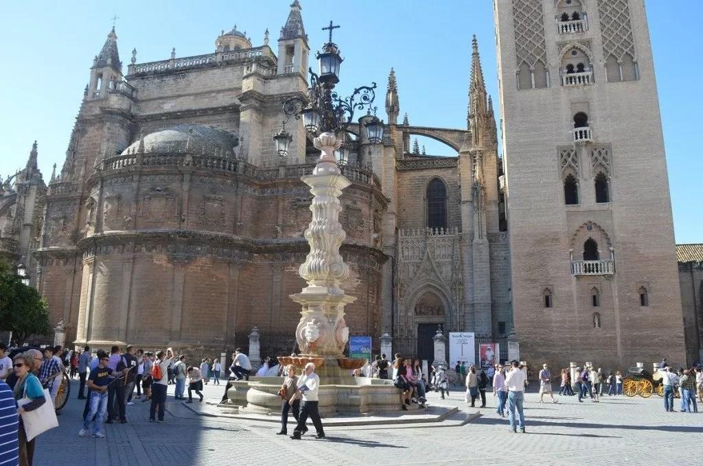 Nomade digitale-Visiter seville et sa cathédrale magistrale-famille nomade digitale en andalousie