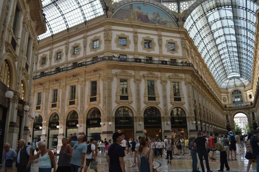 la famille nomade digitale Italie Milan La galerie Vittorio Emanuele II