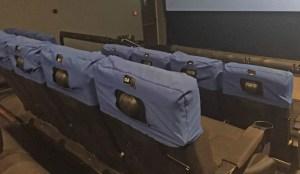 Fauteuils salle cinéma 4DX