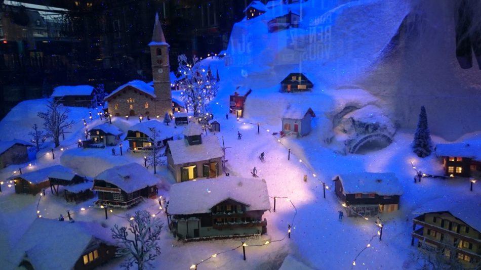 Vitrines de Noël du BHV de l'hôtel de ville de Paris