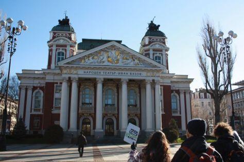 In Sofia gibt es regelmäßig free walking tours auf Englisch - empfehlenswert!