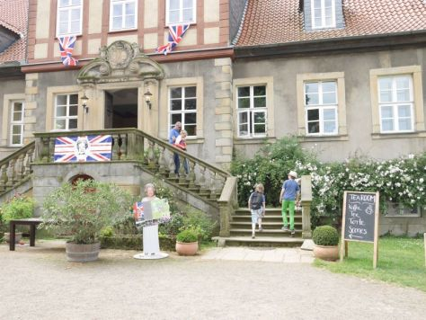 Rittergut Remeringhausen, British Weekend, Haupthaus