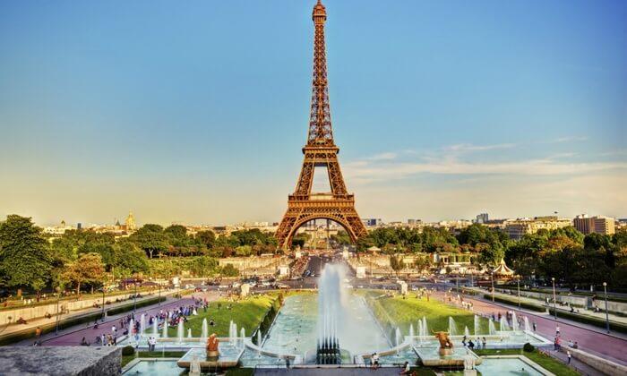 paris-day-trip-up-the-eiffel-tower-2