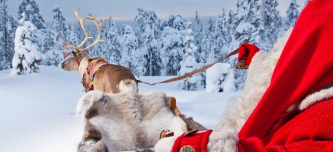 santa-claus-and-reindeer