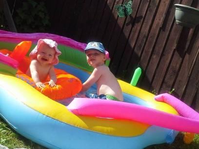 Family Clan Blog Jake  Grace Paddling Pool