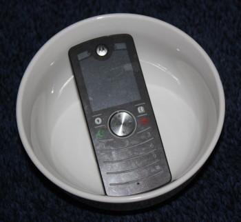 Mobile Cell Phone Bowl Glass Speaker Family Clan Blog