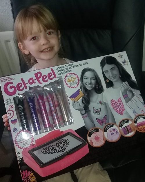 Gel-a-Peel fashion statement Family Clan review 3