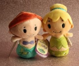 Hallmark Itty Bittys Disney Princess Family Clan
