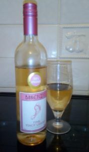 Barefoot Wine Review by Family Clan