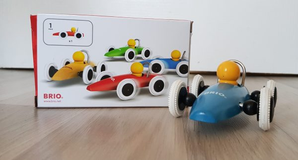 BRIO Race Car review by Family Clan 3