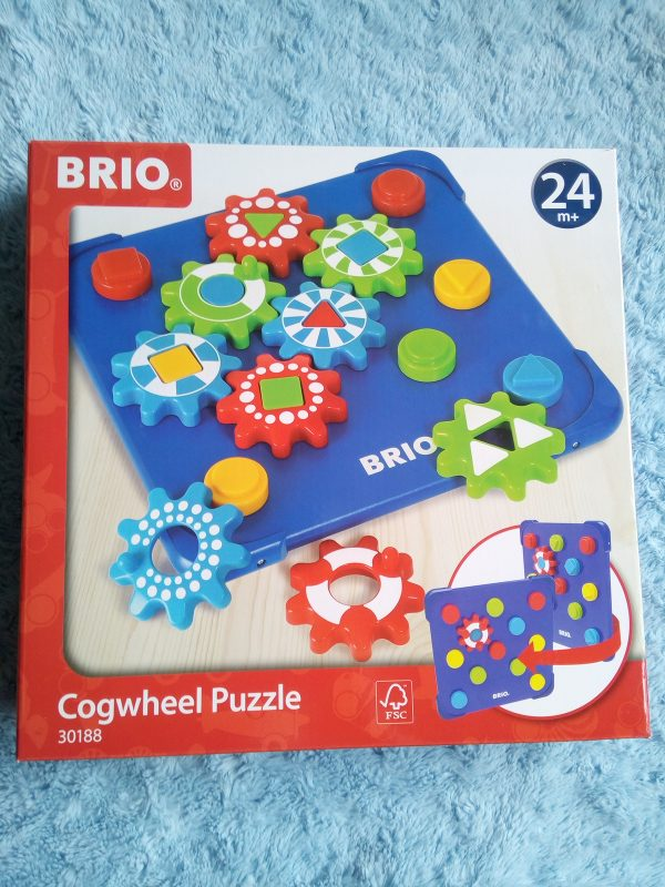 BRIO Cogwheel puzzle review by Family Clan 2