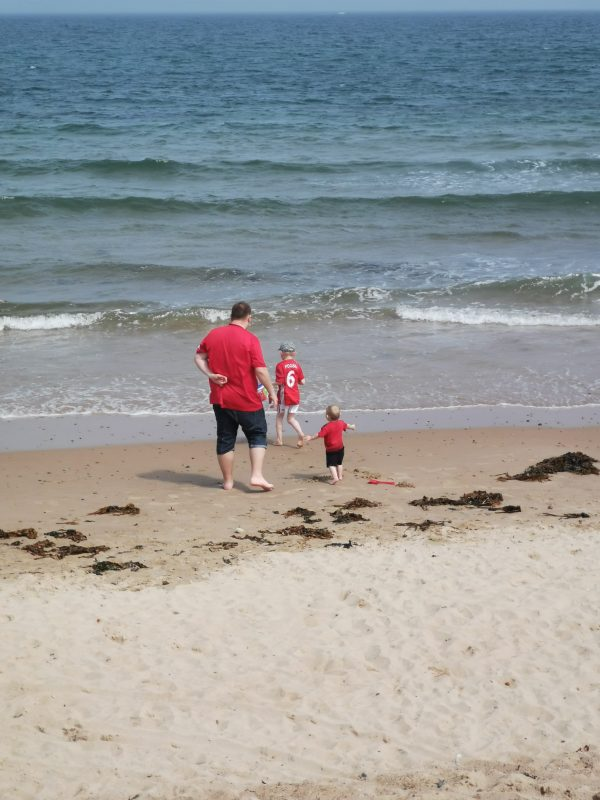 Sunday Snap 30th June 2019 Whitley Bay Day at the Beach Family Clan