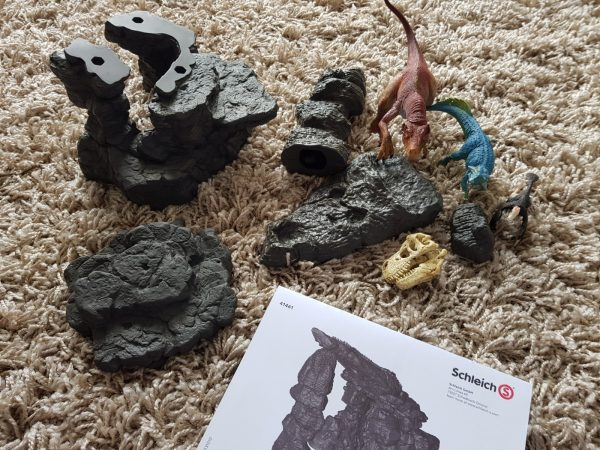 Dinosaurs from Shleich this Dinovember Review by Family Clan