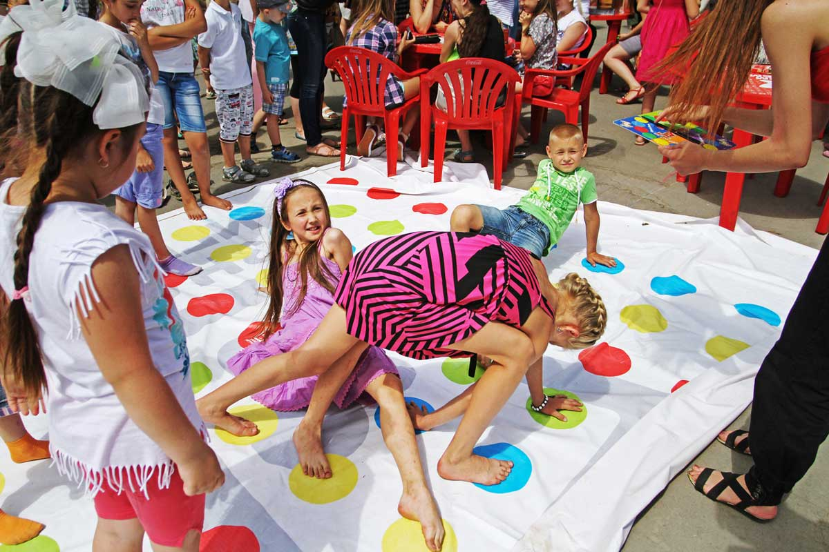 Top Outdoor Party Games For Kids